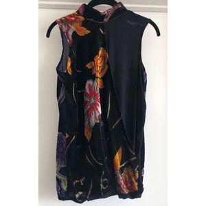 Desigual Tops - NWOT Desigual Sleeveless blouse